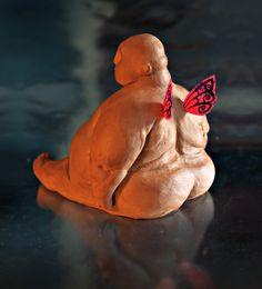 Figura de Roberto en arcilla, con motivo del 3er Aniversario del proyecto