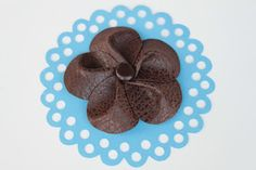 simple Serendipities: Tutorial: Faux Leather Flower