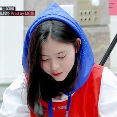 Her smile 😍 Smile Gif, Her Smile, Kpop Girl Groups, Kpop Girls, Jin Gif, Jyp Trainee, Ulzzang Girl, These Girls, Chara