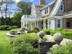 Custom Georgica Estate, East Hampton NY Single Family Home - Hamptons Real Estate