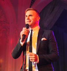 Gary Barlow joined The Prince of Wales and The Duchess of Cornwall at The Prince's Trust Invest in Futures gala dinner, which raised £1.2m. #princestrust #garybarlow #fundraising