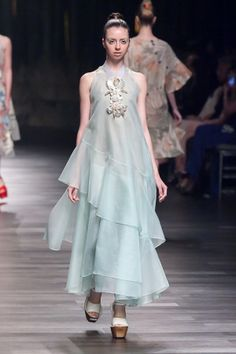 Biyan, Women's Wear Collection – Spring/Summer 2015 – The Actual Style Modest Fashion, Hijab Fashion, Runway Fashion, Fashion Show, Fashion Dresses, Womens Fashion, Fashion Design, Organza Dress, Summer 2015
