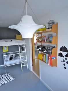 """Big Brother & Little Brother!! Love this """"Bunk Bed Idea"""""""