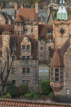 Well Court, Dean Village - Edinburgh