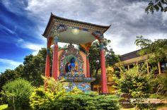 Jardim de Akshobia Centro Budista Khadro Ling  #budismotibetano #lifestyle #Rinpoche #travelphotographer #Buddha #chagdudgonpa