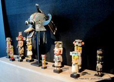 => Paris Tribal 2015 - «Objets Surréalistes» à la Galerie Flak (1/2) http://sanza.skynetblogs.be/archive/2015/04/19/paris-tribal-2015-galerie-flak-8423158.html