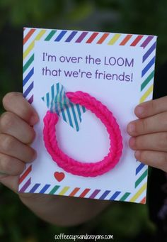 Free Printable Rainbow Loom Valentines for Kids!