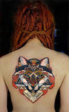 Beautiful fox tattoo on back - 50+ Examples of Fox Tattoo  <3 <3