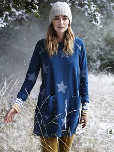 Elevate your everyday wardrobe this our Starlight jersey tunic. It has length sleeves, comes in a textured fabric and has a star print. Yellow Pants, Star Print, Bomber Jacket, Teal, Tunic, Graphic Sweatshirt, Pullover, Sweatshirts, Sleeves