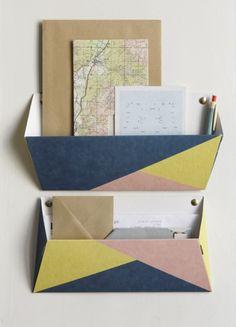 Tripostal#3 - cardboard wall pockets by papier Tigre