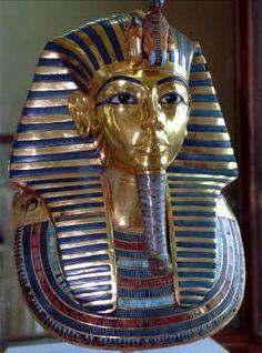 Beard of Egypt's King Tut hastily glued back on with epoxy