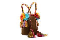 Loving the colors on this mini mochila!
