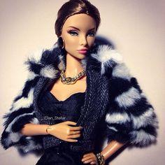 Iron Lady #NataliaFatale #FashionRoyalty #FashionDoll @integrity_toys #dollstagram #dollphotogallery #instadoll #dollphotography #BeautySupremacy