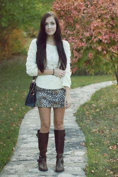 still wearing mini skirts in autumn <3