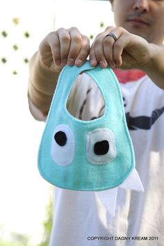 a2b752718 Baby blue monster bib by Monstrous Monsters Moda Niños
