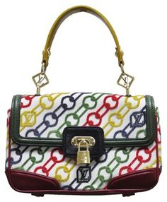 32f44bbdaf6 Get one of the hottest styles of the season! The Louis Vuitton Dolly Velvet Chains  Handbag Multi-color Shoulder Bag is a top 10 member favorite on Tradesy.