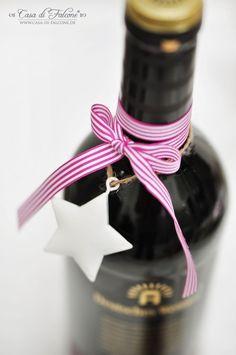 Geschenke aus der Küche: hübsche Verpackungsidee für selbstgemachtes Glühweingewürz im Glas