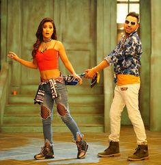Latest Bollywood Song BHASOODI full video Song Sonu Thukral ft. Hina Khan, Pardhaan, Preet Hundal Latest Bollywood Songs, Hipster, Entertainment, Style, Fashion, Swag, Moda, Hipsters, Fashion Styles