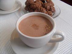 Dos tazas de chocolate caliente por día mantienen el cerebro sano