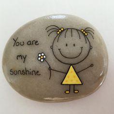 "87 Likes, 4 Comments - Helena Stilling (@heartmadestoneart) on Instagram: ""#artrocks #beachstone #crystalchild #cute #dåbsgave #girl #gul #happy #hobby #handmade #happyrocks…"""