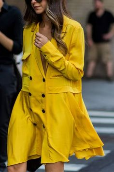New York Fashion Week The Best Street Style Looks Style Outfits, Fashion Outfits, Fashion Mode, Fashion Trends, Mellow Yellow, Yellow Coat, Yellow Dress, Yellow Fashion, Cool Street Fashion