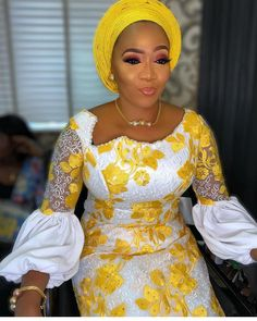2019 Stunning Cord Lace Aso Ebi Styles For African Woman To Try O… Women Fashion African Lace Styles, African Lace Dresses, African Dresses For Women, African Attire, Ankara Styles, African Blouses, African Fashion Ankara, Latest African Fashion Dresses, African Print Fashion