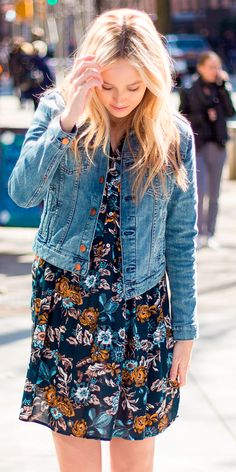 This denim jacket is one of my favorite pieces because it's so versatile & I know I'll be wearing it all Spring/Summer. I love that I can throw it on with anything & it's perfect for most any occasion.