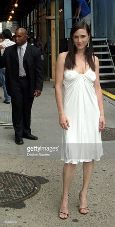 Jennifer Connelly Visits The Late Show With David Letterman June 30 2005 Stock Pictures, Royalty-free Photos & Images - Getty Images Scarlett Johansson, Jennifer Connelly Young, Jennifer Love, Rachel Weisz, Girls Image, Beautiful Actresses, June 30, Gorgeous Women, Actors & Actresses
