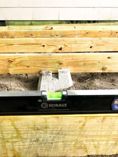 "2-Pack Deck Bench Bracket Sand Resin Dekmate Building Material 22/""x 18.2/""x 2.3/"""