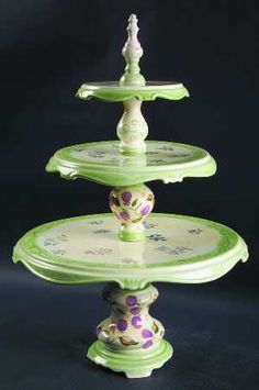 Tracy Porter 3-tiered cake stand