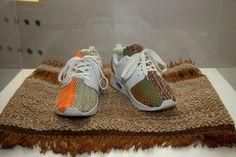"""Buty inspirowane rzemiosłem kurpiowskim wykonane w ramach projektu ,,Tradycyjne Trendy"""""""
