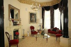 Victorian Style House - Living Room