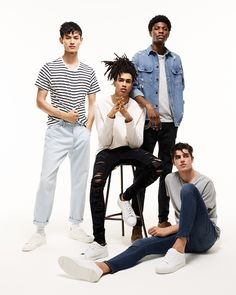 TOPMAN DENIM: Refresh your favourite jeans or find your new style. How do you wear your Topman jeans? Mode Masculine, Boy Photography Poses, Fashion Photography, Family Photography, Topman Jeans, Men's Jeans, Senior Boy Poses, Foto Portrait, Looks Jeans