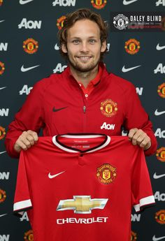 Manchester United have signed Daley Blind from Dutch club Ajax