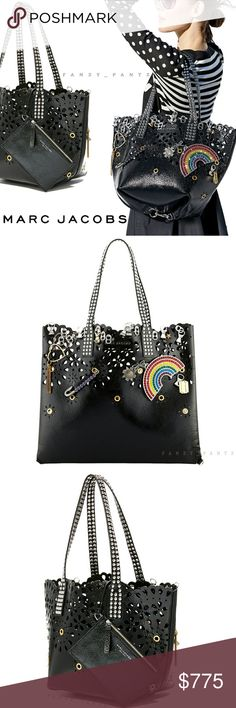 930135247 Marc Jacobs Marc Jacobs Laser cut large tote & leashed zip pouch  Badges, charms
