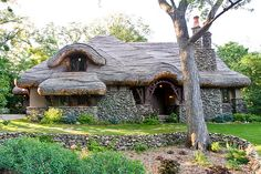 Hobbit House | My friend calls this the hobbit house, a reas… | Flickr Little Cottages, Cabins And Cottages, Cabin Homes, Cottage Homes, Fairy Houses, Hobbit Houses, Cob Houses, Storybook Homes, House In Nature