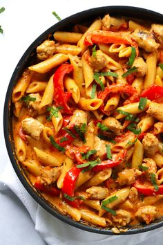 Creamy Sausage Pasta This Creamy Sausage Pasta is a quick and easy one pot recipe. It makes a brilliant midweek dinner, where the pasta is cooked in a super tasty the sauce, all in a single pan. Creamy Sausage Pasta, Sausage Pasta Bake, Sausage Pasta Recipes, Italian Sausage Pasta, Easy Pasta Recipes, Dinner Recipes, Cooking Recipes, Sausage Meals, Venison Recipes