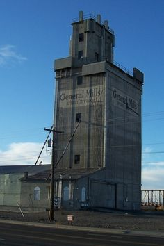 Old grain mill, Clearwater Ave, Kennewick, WA
