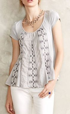 New Anthropologie Akemi + Kin Noyo Tee Embroidered Gray Blouse Top XS Diy Clothing, Sewing Clothes, Refashioned Clothing, Summer Clothing, Diy Fashion, Ideias Fashion, Shirt Refashion, Altering Clothes, Cycling Outfit