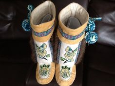 Mukluks made with my home tanned hide. Ballet Shoes, Dance Shoes, Beaded Moccasins, Slipper Boots, Leather Working, Traditional Outfits, My Girl, Cherokee Rose, Slippers