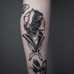 Woman Traditional Tattoo                                                                                                                                                                                 Mais