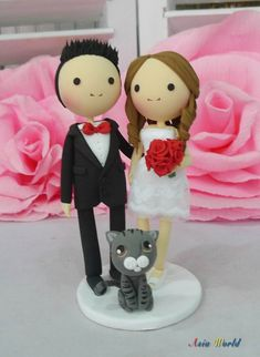 Wedding cake topper Red theme wedding clay doll, bride in short wedding dress clay miniature,ring holder clay figurine,engagement decor gfit on Etsy, $70.50