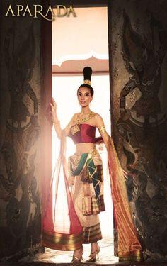 Thai silk fashion during Sukothai period