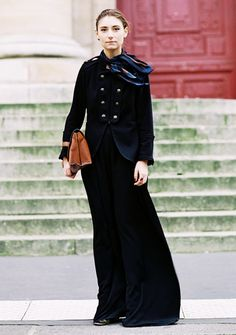 Jenny Walton wears a military-inspired jacket scarf maxi skirt heels and a tan leather bag Mädchen In Uniform, Street Chic, Street Style, Walton Street, Khadra, Vanessa Jackman, Vogue, Love Her Style, Couture