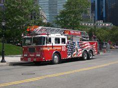 Fire Truck Backround Free For Desktop 1037 KB