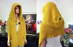 Love the huge cut hooded scarf Baby Knitting Patterns, Shawl Patterns, Crochet Patterns, Knifty Knitter, Loom Knitting, Knit Cowl, Crochet Shawl, Love Crochet, Diy Crochet