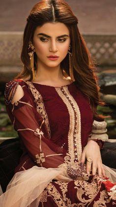New Wedding Hairstyles Pakistani Posts Ideas Girls Dp Stylish, Stylish Suit, Asian Wedding Dress Pakistani, Pakistani Dresses, Mermaid Dresses, Bridal Dresses, Indian Designer Outfits, Pakistani Actress, Party Looks