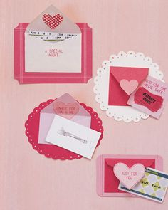 Easy to make envelopes hold your valentines cards. Really cute! 