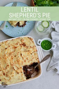 This vegan shepherd's pie recipe is easy to make in your Instant Pot, slow cooker, or on the stove top. Simply top with mashed potatoes for a healthy gluten-free vegetarian dinner! Healthy Pie Recipes, Vegetarian Crockpot Recipes, Delicious Vegan Recipes, Crockpot Meals, Vegetarian Freezer Meals, Vegetarian Comfort Food, Vegetarian Entrees, Vegetarian Cooking, Vegan Food
