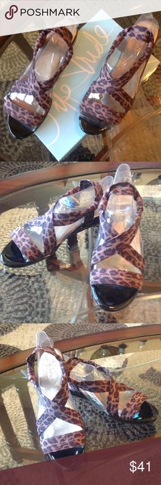 """NEW! Life Stride """"DEBUTANTE"""" Leopard Sandals! BRAND NEW! Life Stride """"DEBUTANTE"""" Leopard Sandals! Size 11 M-NEVER WoRN, Are In EXCELLENT CONDITION!! Life Stride Shoes Sandals"""